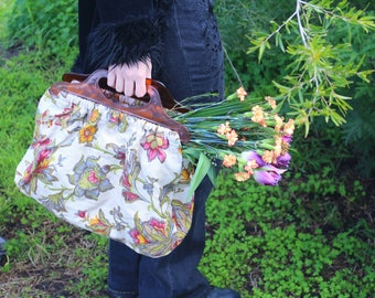 Grandma Carry All Floral Tapestry Fabric Bag