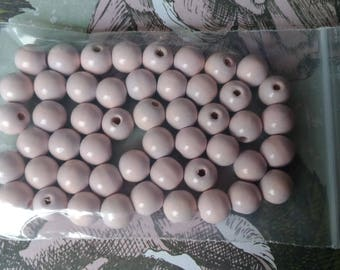 50 beads 10mm pale pink
