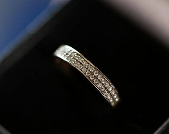 Classic ring semi-alloy in 9k 375 yellow gold set with CZ 1.3g size 7.25