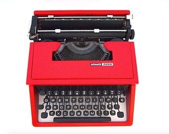 Olivetti Dora typewriter, Olivetti typewriter, red typewriter, working typewriter, portable typewriter, vintage typewriter, qwerty.