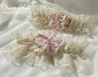 Wedding Garter, Wedding Garter Set, Keepsake Garter, Toss Garter, Ivory Lace Garter, Bridal Garter, Ivory Blush Pink Lace