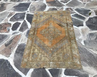 Oushak Rug 5x3.2 ft Vintage Runner Rug Turkish Rug Muted Color Rug Handmade Rug Oushak Runner Rug Kilim Rug Orange Rug Vintage Rug Handwoven