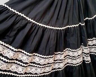 1950's Circle Rick Rack Paddywhack skirt