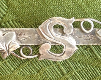 Antique Victorian Edwardian Letter S silver name brooch pin Christening gift
