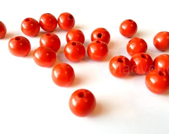 Set of 20 round 16 mm red wooden beads