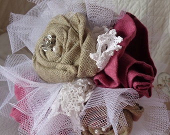 """Bouquet of roses in natural linen and magenta pink """"Marie Antoinette"""""""