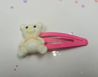 Cream Carnival Bear Clip