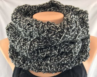 Crochet cowl scarf, chunky cowl, snood scarf, crochet tube scarf, infinity scarf, crochet ladies scarf, black cowl scarf, gift for her