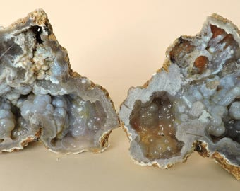 Complete geode with chalcedony from France