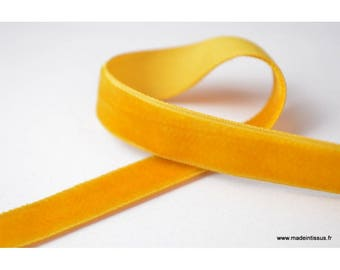 Velvet Ribbon gold, 16mm, by the yard