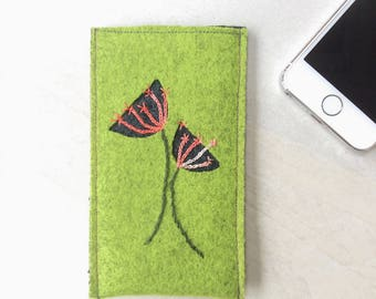Wool felt phone case, phone sleeve, iPhone SE, 5, 4 cover, embroidered flowers