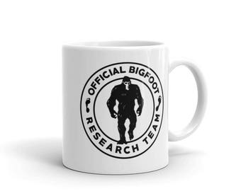 Official Bigfoot Research Team Wild Hunting Outdoor Sasquatch Yeti Chupacabra Bigfoot Mug