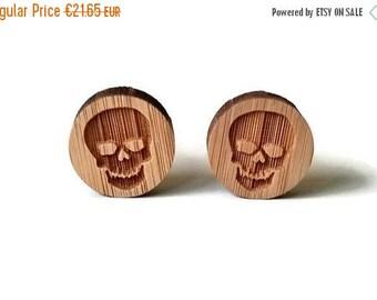 20% OFF SUMMER SALE Skull cufflinks, skull wood cufflinks, wood cufflinks, laser cut cufflink, engraved skull cufflinks, steampunk cufflink,