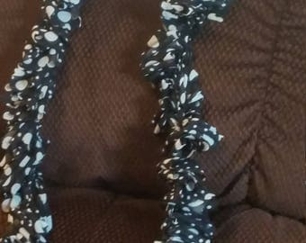 Black and white polka dotted curly scarf