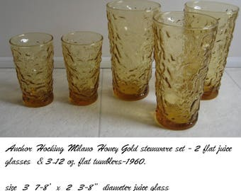Anchor Hocking Milano Honey Gold Set-stemware  5 glasses.