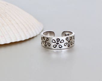 Silver Toe Ring, Flower Toe Ring, Free Size Toe Ring, Simple Toe Rings, Bridesmaids Gift, Gypsy Style Toe Ring, Minimal Toe Band, (TS 66)