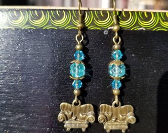 Couch Tour, Ear Wire, Blue Glass, Light Blue, Flower bead, Crystal Bicone, Antique Bronze, Sofa