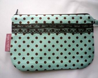 Makeup in polka dot - gift idea