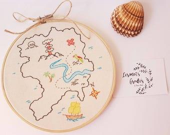 "Circle embroidery ""Treasure map"""