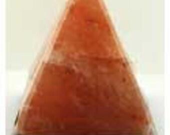 "6"" Pyramid Salt Lamp"