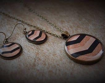 Set of earrings + necklace