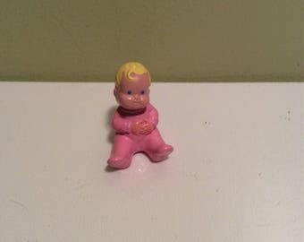 Vintage Fisher-Price loving family home pink baby blonde hair blue eyes accessory nursery