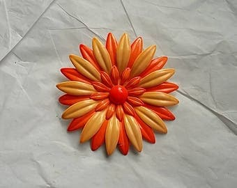 c1970 Large Daisy Enameled Brooch Pin Orange & Creamsicle Mod Hippie