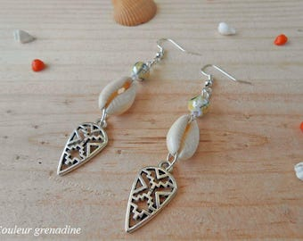 Ethnic shell and Pearl, gift earrings mother of grand mothers, Easter