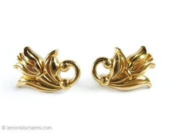 Vintage Avon Spring Tulip Earrings, Jewelry 1980s 1990s, Gold Goldtone, Floral Flower, Pierced Post