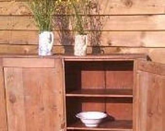 Old vintage pine cupboard / shelves - original barn find - double doors - 3 shelves - kitchen / hallway