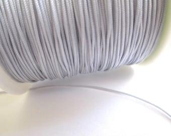 5 meters of 0.8 mm grey nylon thread