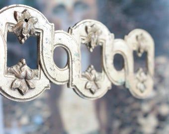 2 Ornements vintage français en laiton doré, frise en métal, fourniture luminaires, décor de porte,  décor ancien français, 822