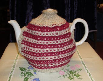 Vintage styled tea cosy Red/Beige