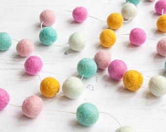 Pom Pom Garland, Pastel Pink Nursery, Felt Ball Garland, 1st Birthday Shoot, Toddler Girl Room Decor, Party Garland, Felt Bunting