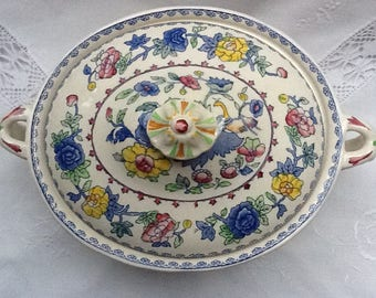 Vintage Mason's Tureen with 'Regency' decoration