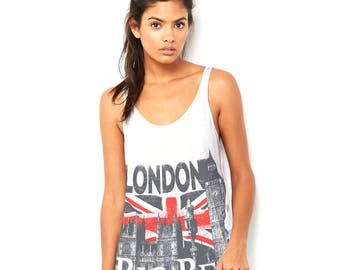 London Big Ben And Union Jack Women's Novelty Scoop Neck, Flowy Tank with Side Slit with Unique Design
