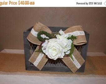 ON SALE Wedding Chicken Wire Card Box / Wooden Memory Box / Rustic Wedding Card Box / Rustic Wedding Decor