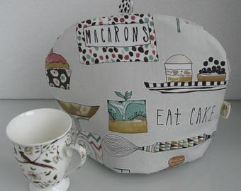 Baking print tea cosy