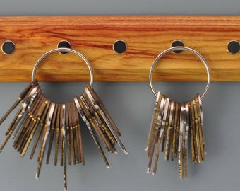 Magnetic key holder wall mounted