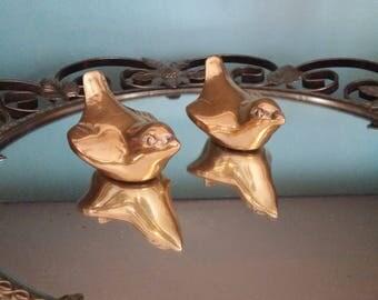 Vintage Brass Birds,  Brass Bird Pair, Boho Chic Decor, Retro Brass Birds, Vintage Birds, Small Brass Birds, Brass Chick-a-dee Pair -