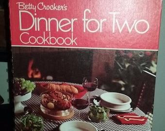 Betty Crocker's Dinner for Two Cookbook by Betty Crocker (1973, Paperback)