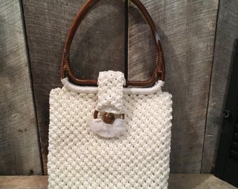 On Sale Vintage crochet purse, vintage macrame purse, plastic handle purse , vintage bag, retro bag