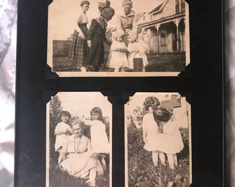 Vintage Photos - The Twin Sisters