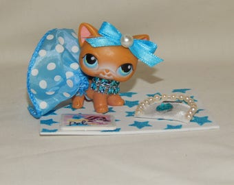 Free Fast Shipping Lps Accessories 7 Pc  Blue Polka Dot Outfit Dress Necklace Bow Phone Tablet Purse Display Mat Littlest Pet Shop