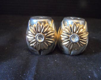 Crystal and Metal Mini Salt and Pepper Shakers    1505