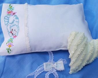 """Vintage Embroidered Children""""s Pillowcase Newborn Photo Prop Set"""