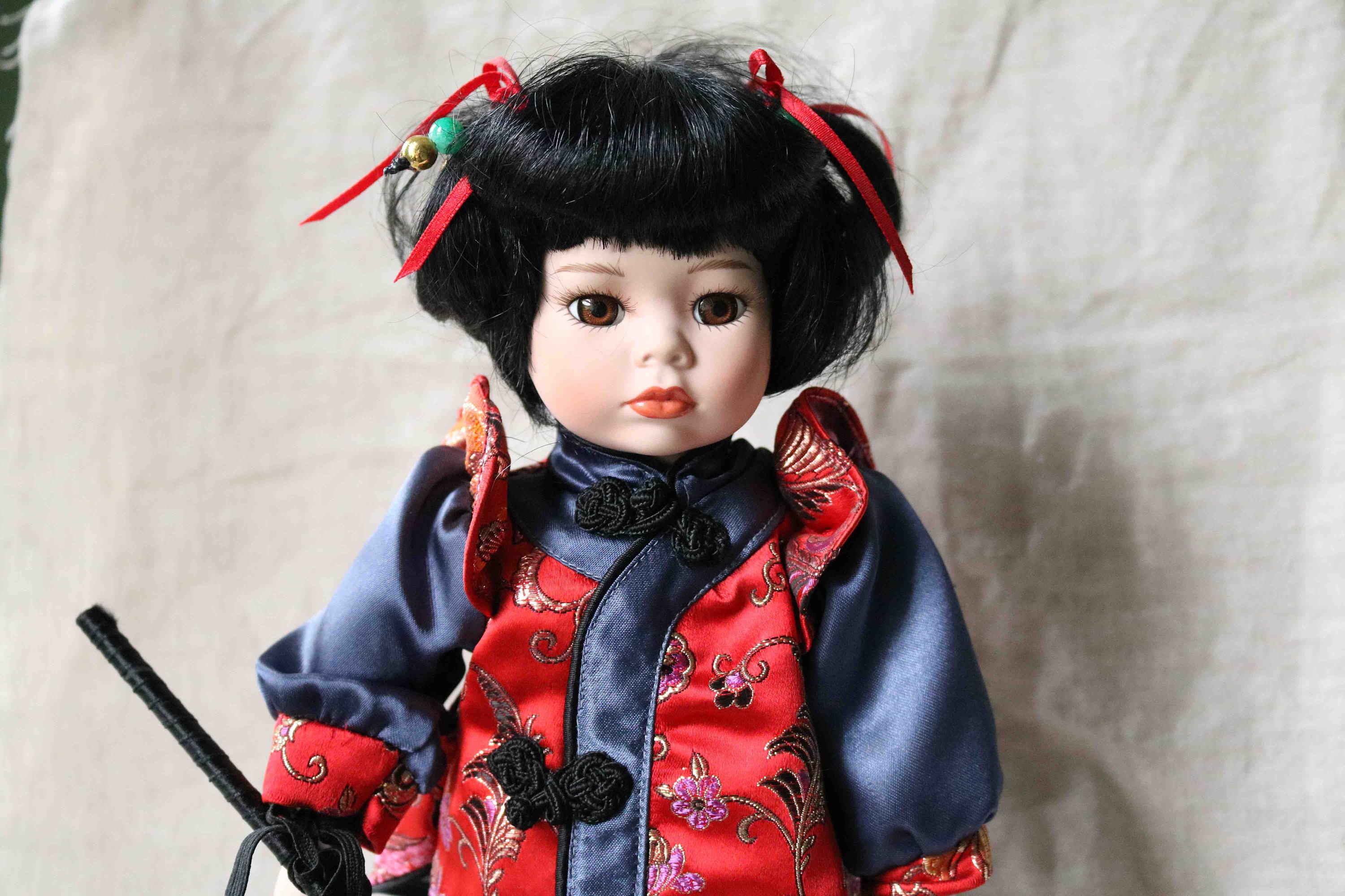 Stunning Chinese Porcelain Doll Display Cabinet condition