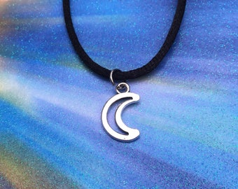 Moon choker or necklace