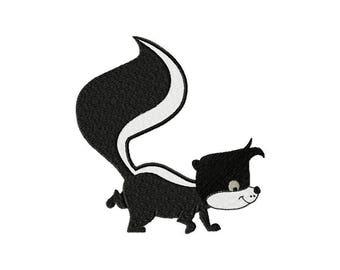 Cartoon skunk animal machine embroidery design