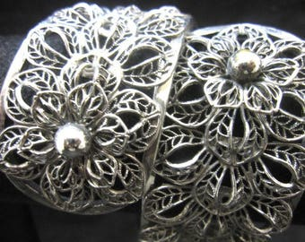 Vargas Filagree Vintage Silver toned hinged Bracelet, BEAUTIFUL